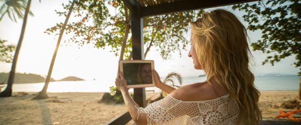 Top Hawaii Bloggers to Follow